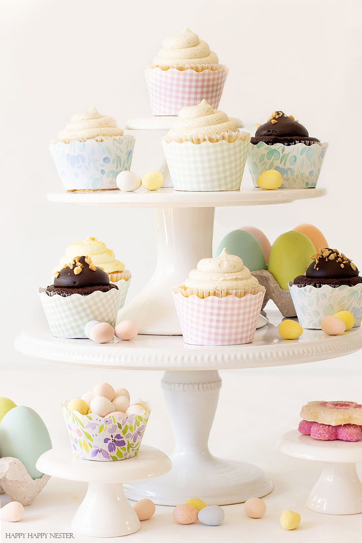 This DIY Easy Cupcake Wrapper Tutorial will make any cupcake looks so pretty for a special party. There are three free printables that you can download. This quick craft will create the cutest display of cupcakes. They only take minutes to make. #crafts #parties #cupcakes #cupcakewrappers #DIY #papercrafts #birthdays