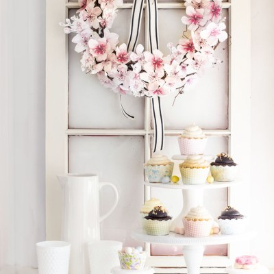 How to Make a Paper Flower Wreath DIY