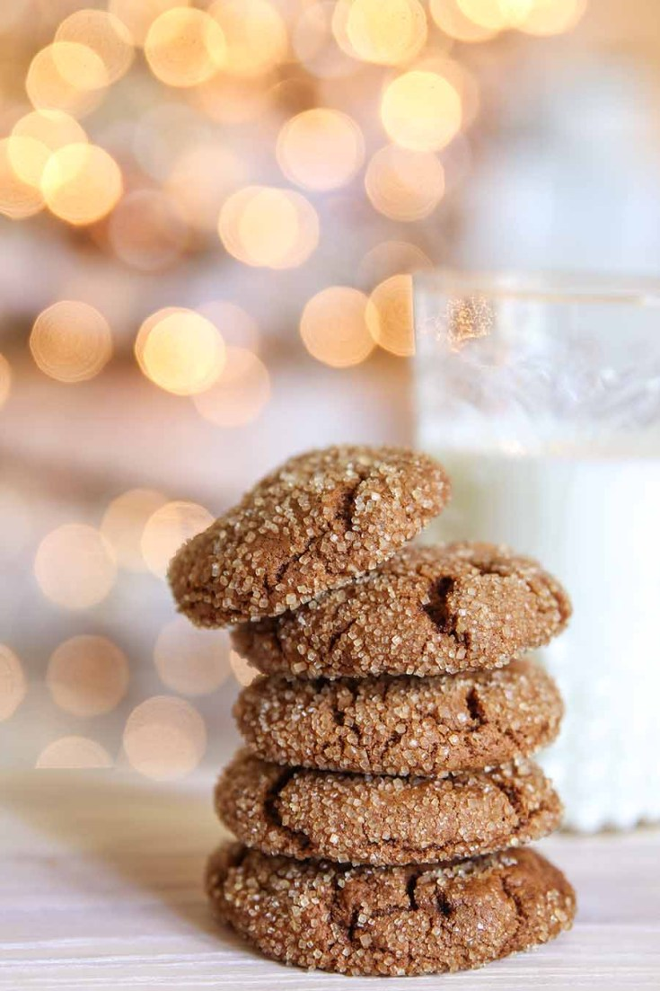 Spic Chewy Ginger Molasses Cookies Recipe. Here are 10 Comfort Food Cookies that are family favorites. There is such a wide variety of cookies that I'm sure you'll enjoy some of them. If you like chocolate chip, peanut butter, molasses, almond and biscotti than you'll love this collection. #cookies #bestcookies #baking #recipes #cookierecipes #chocolatechip