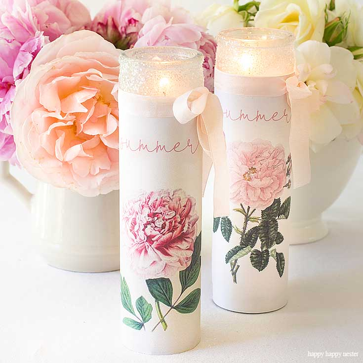 Make Your Own Personalized Candles with a supplies and a couple of minutes. This easy candle craft makes the prettiest summer candles! #crafts #candles #diy