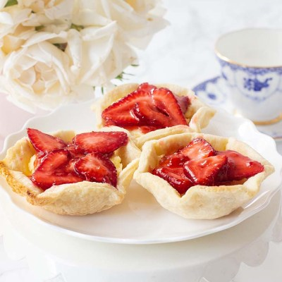 Creamy Mini Strawberry Tart Recipe