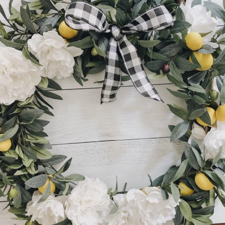 Lemon and peony wreath.