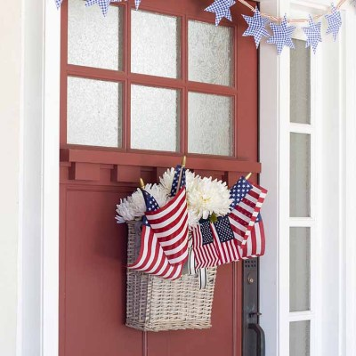 DIY Paper Stars for 4th of July Garland