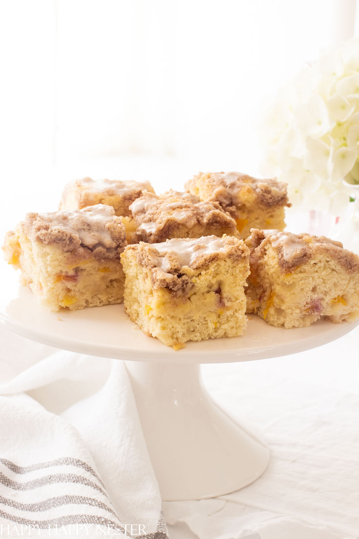 This Best Ever Peach Buckle Recipe is a little modification from my yummy blueberry buckle recipe. Enjoy the fresh summer peaches in this delicious dessert. #fruitdesserts #summercakes