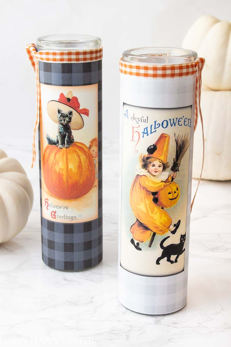 Love this DIY Halloween Decor Candle Label Project is so adorable and super easy. These free cute printables are placed on a glass holder, and it's ready for Halloween. Place it on your table or on your front porch for Halloween Trick or Treaters. #crafts #plaidcrafts #flannel #homedecor