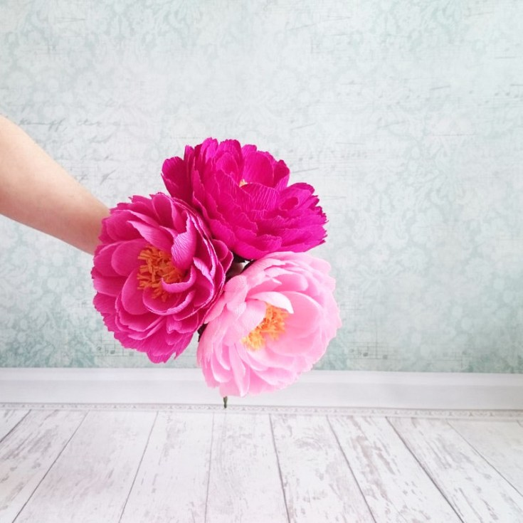 Pretty paper peony flowers for sale over on Etsy