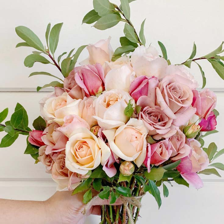 Gorgeous wedding roses