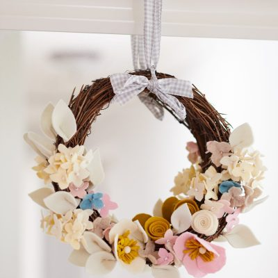 DIY Felt Flower Wreath: Hydrangeas & Anemones