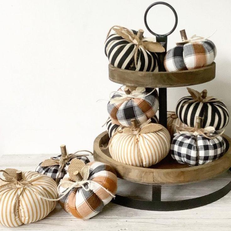 autumn plaid pumpkins