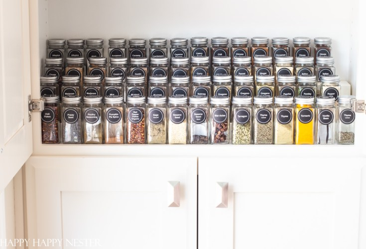 organizing a spice rack made easy