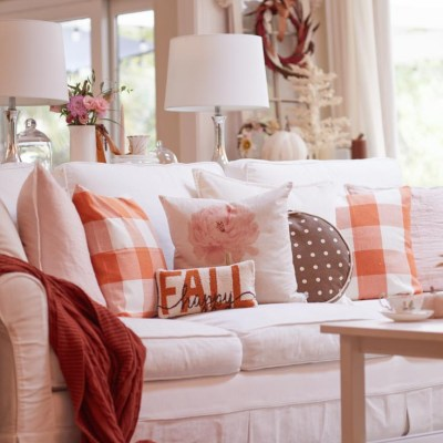 Cozy Fall Decor Ideas with Pink and Orange