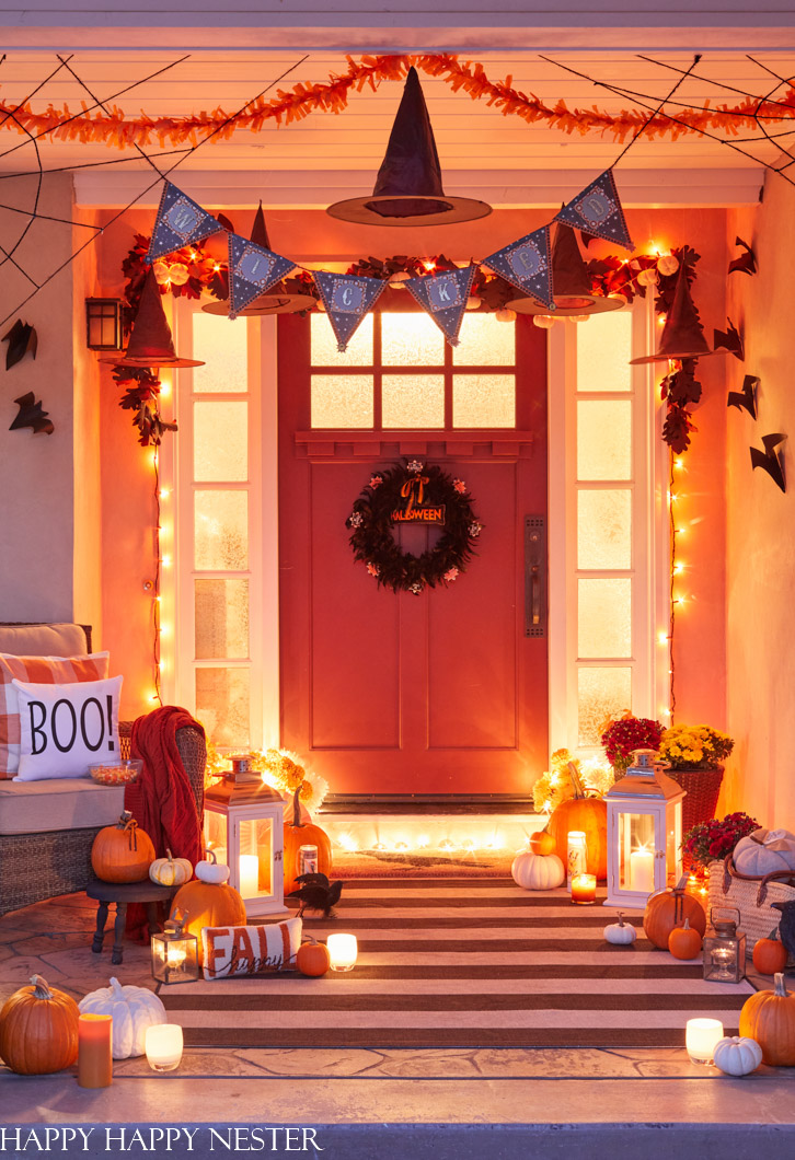 20 Halloween Front Porch Ideas