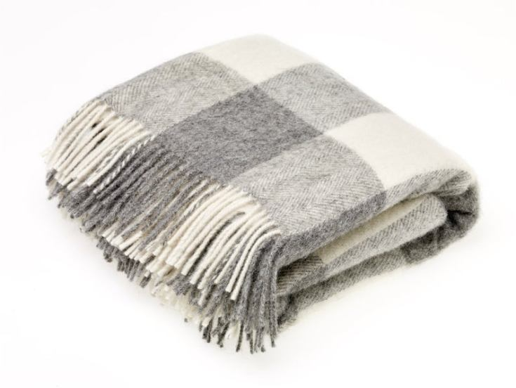 cozy beautiful blankets from England