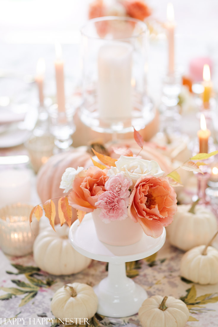 Elegant Thanksgiving Table with Pink Heirloom Pumpkins