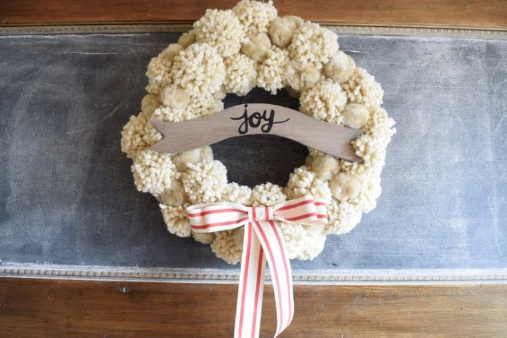cute pom pom holiday wreath