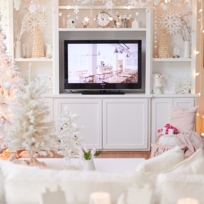 Decorating Like the Movie Elf
