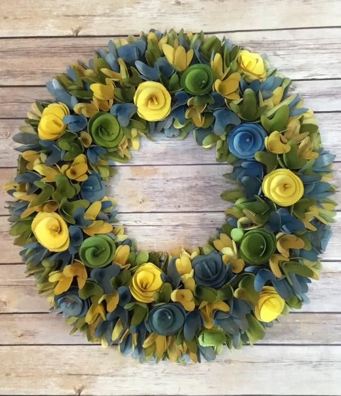 beautiful wood spring wreath