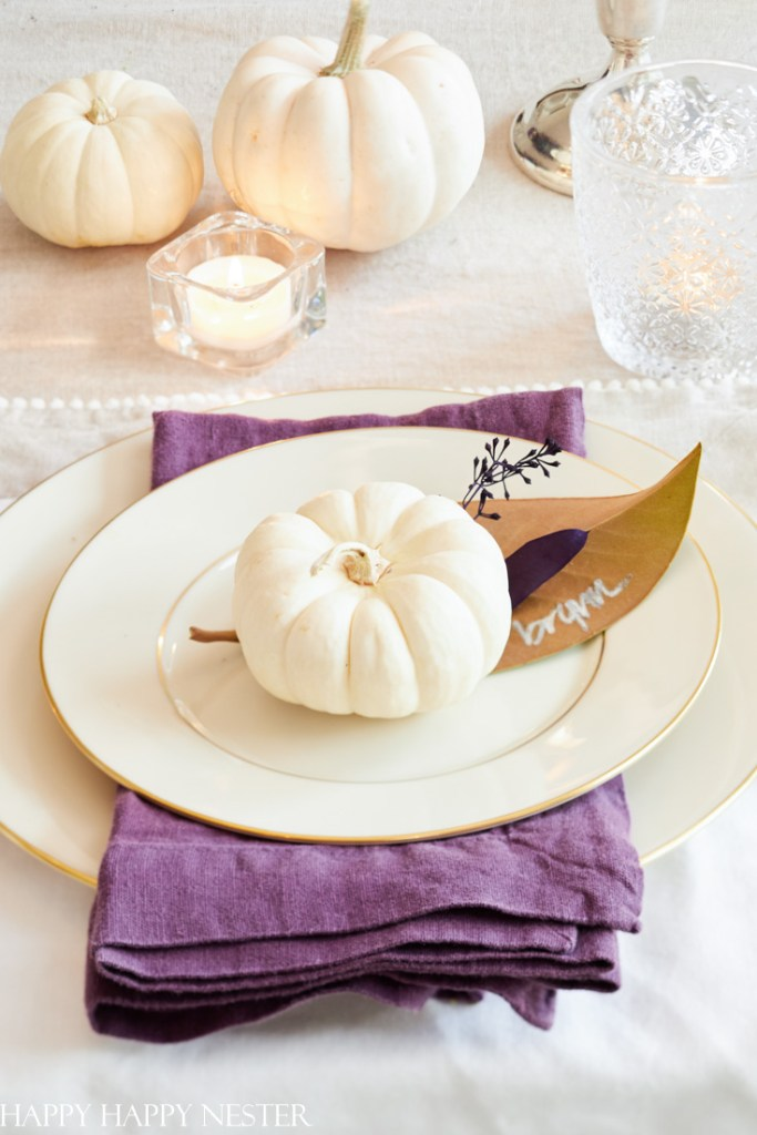 decorate a dining room table for thanksgiving