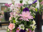 Step by Step Guide to a Spring Floral Arrangement