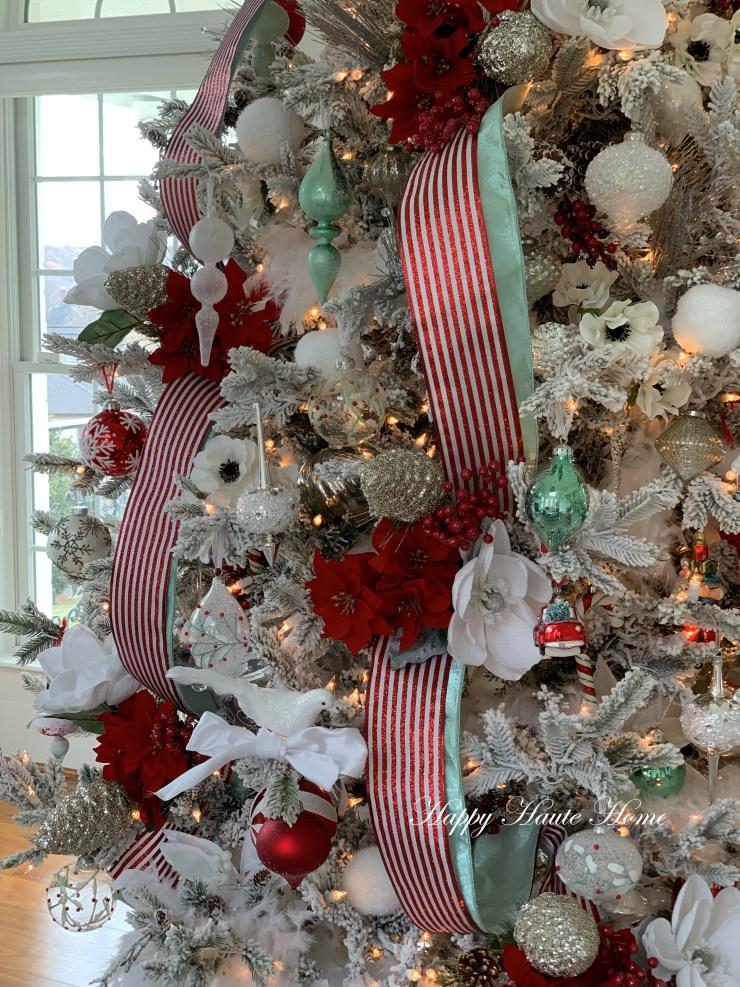 Sunroom Christmas Tree-11