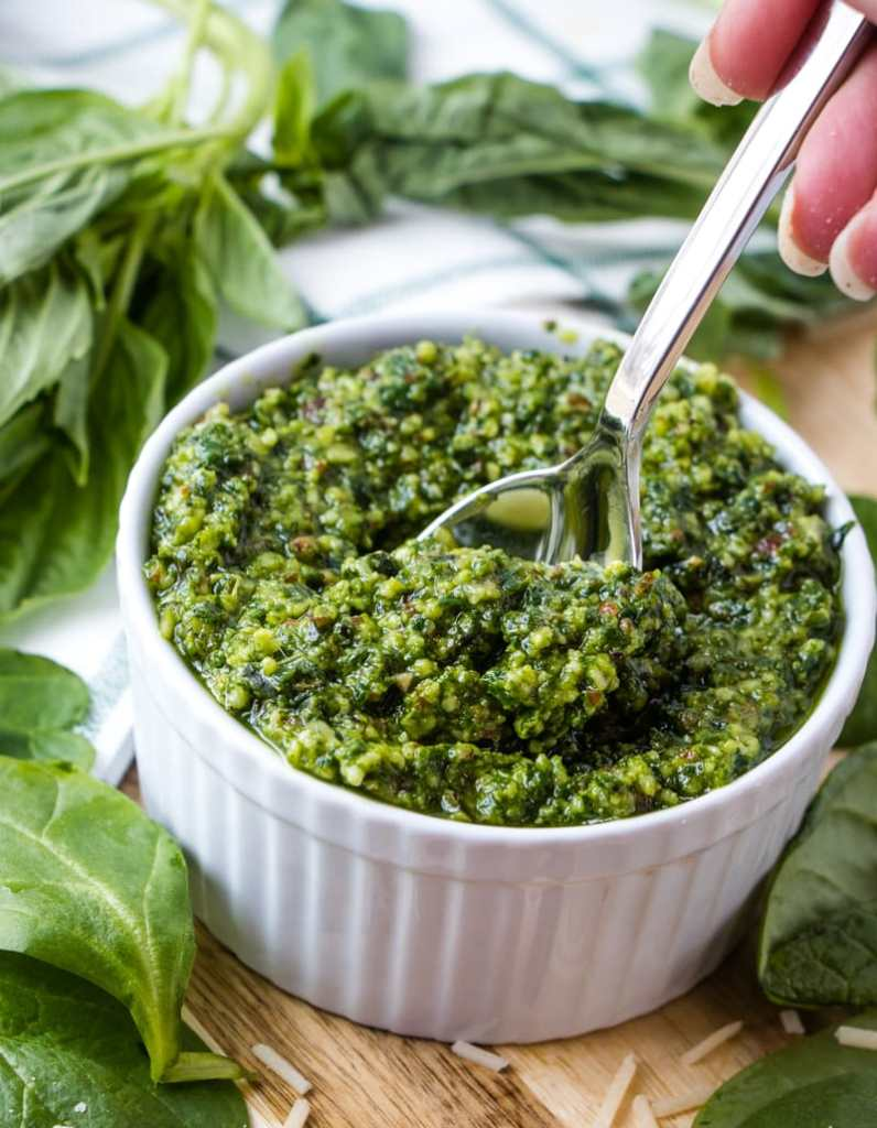 Homemade Pesto with spinach and a spoon