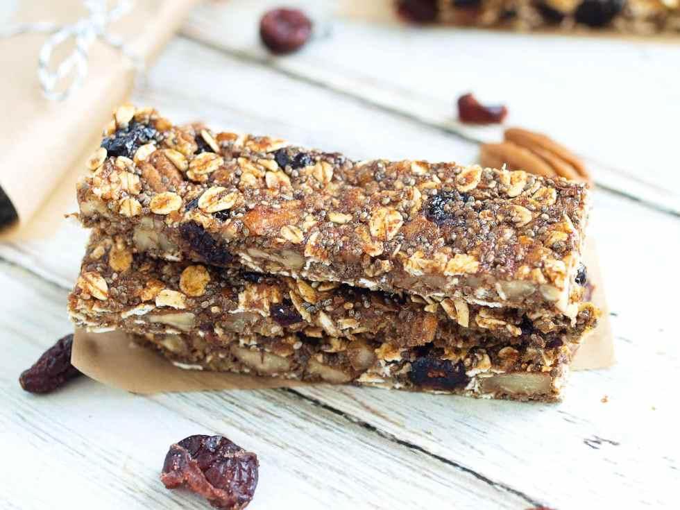 Pecan Cranberry Granola Bar Recipe