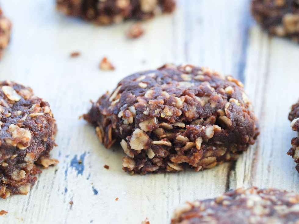 Healthy No-Bake Chocolate cookies