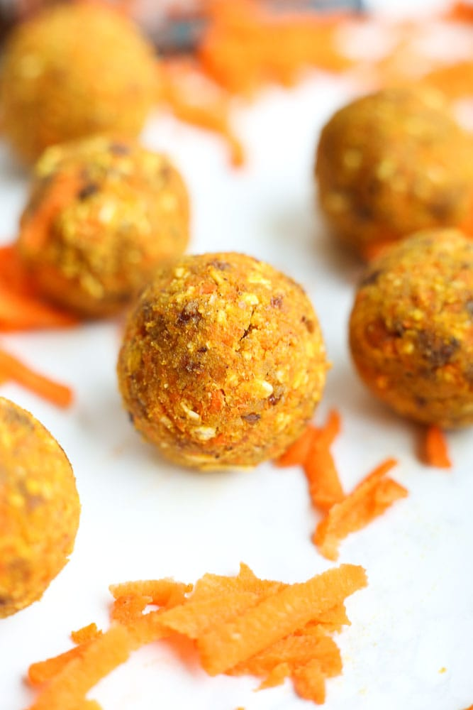 Carrot Cake Energy Balls Recipe