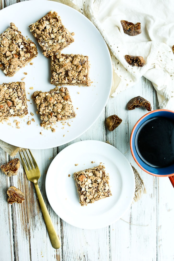 Oatmeal Fig Bars Recipe with coffee