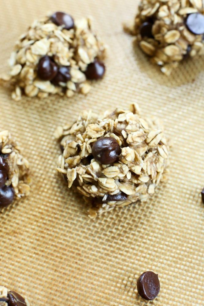 3-ingredient Banana Cookies recipe #healthy #vegan #glutenfree #breakfast #snacks #recipe #3ingredient