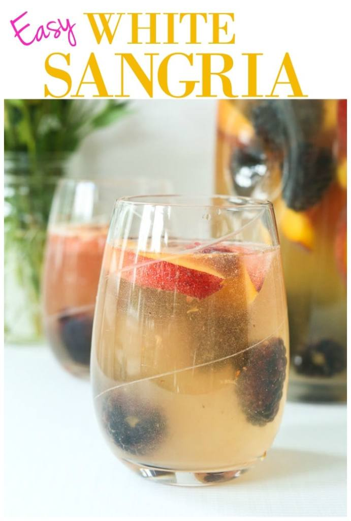 Easy and delicious White Sangria Recipe!! #easy #sangria #whitesangria #peach #blackberry #noaddedsugar #summer #cocktail #pitcher #crowd