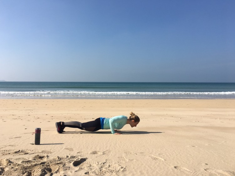 Beach-workout-Get-Outside-and-Get-Active-with-Brita-fill-go-Active