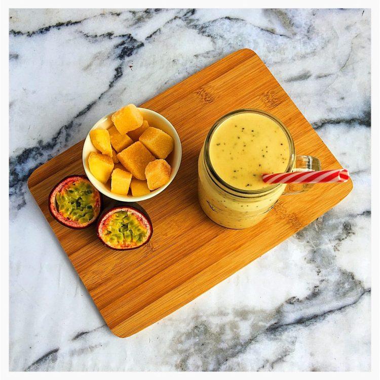 Smoothie-Saturday-fruity-fun-recipe-Easter