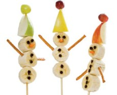 Winter Snack – Snowman on a Stick