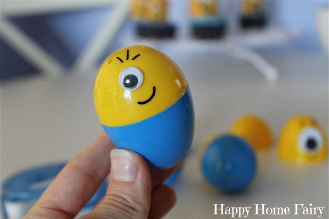 minion eggs - so cute and easy!