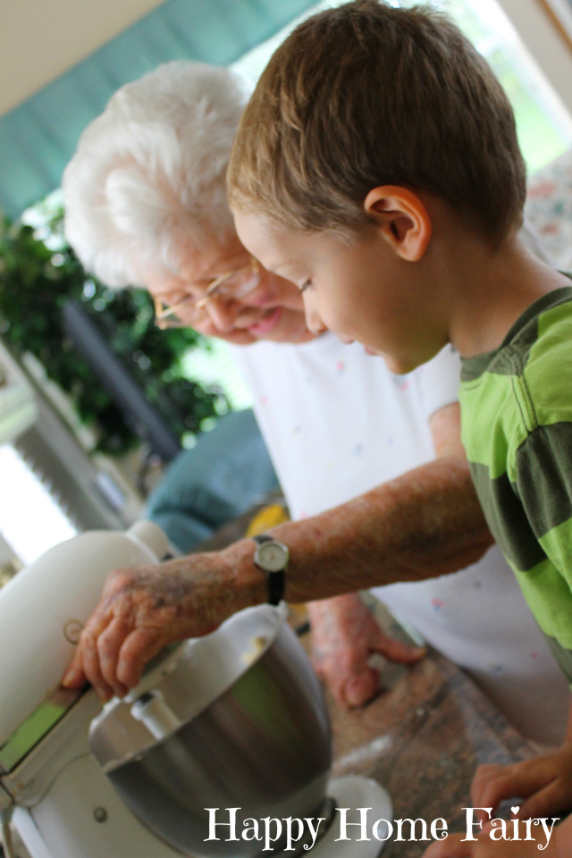 baking with grandmommy 4.jpg