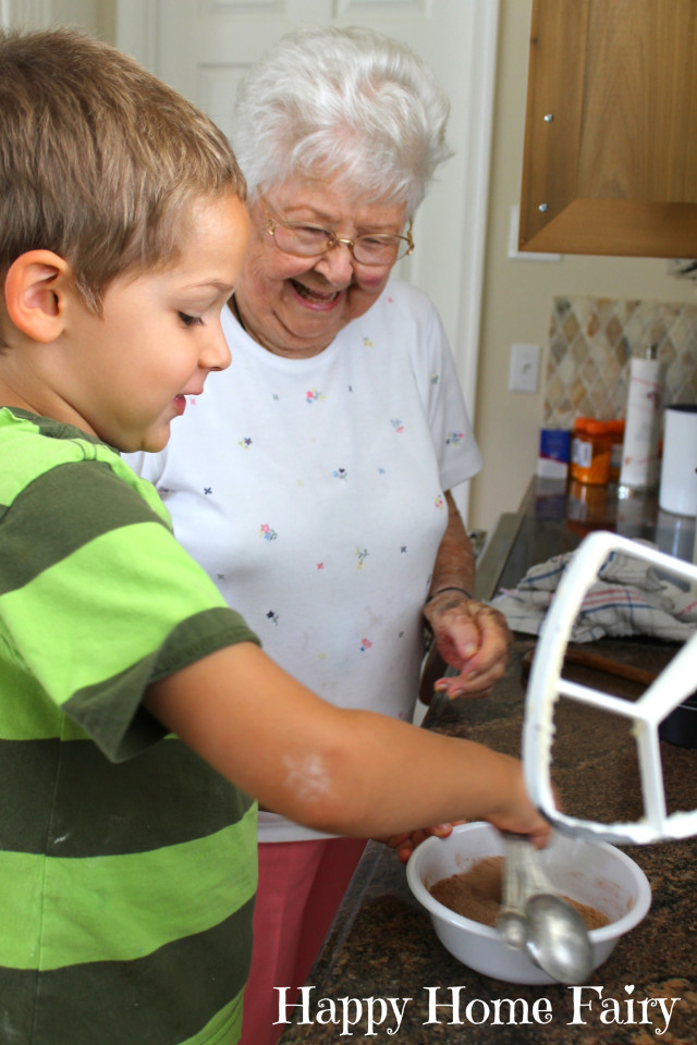 baking with grandmommy 5.jpg