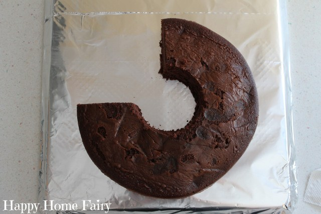 how to make a number 5 cake 4