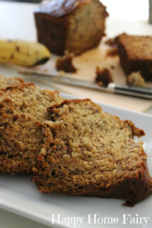 the best banana bread at happyhomefairy.com