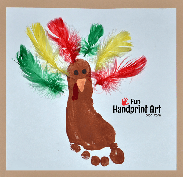 Footprint-Turkey-using-Feathers