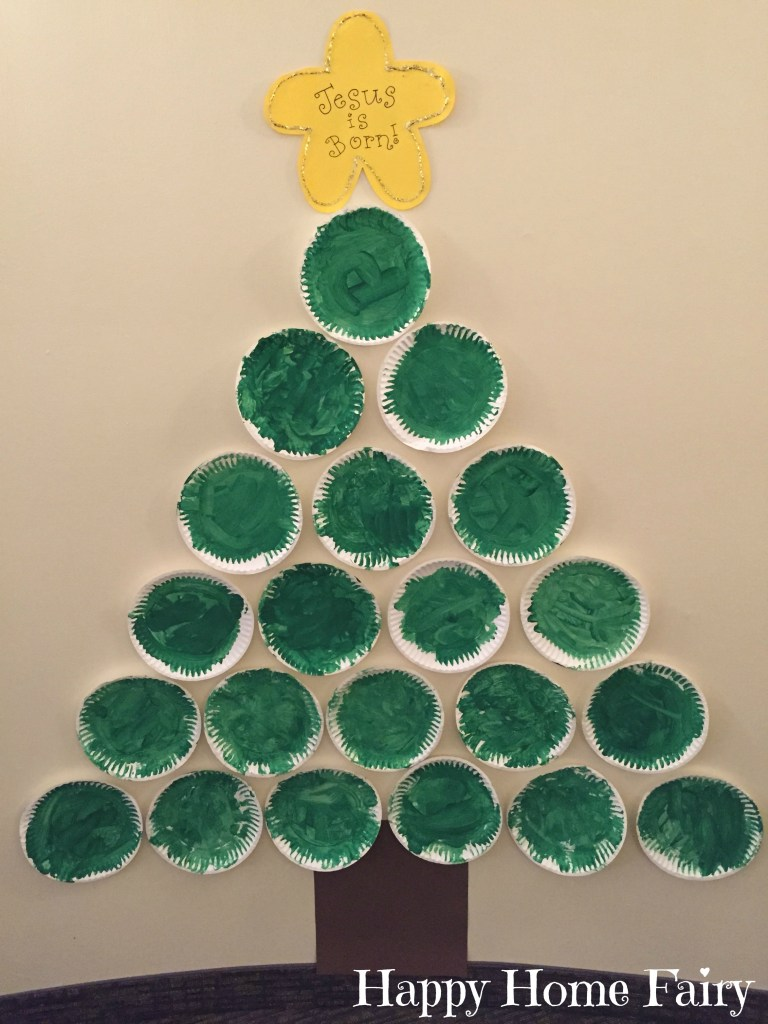 PAPER PLATE CHRISTMAS TREE FROM HAPPYHOMEFAIRY.COM