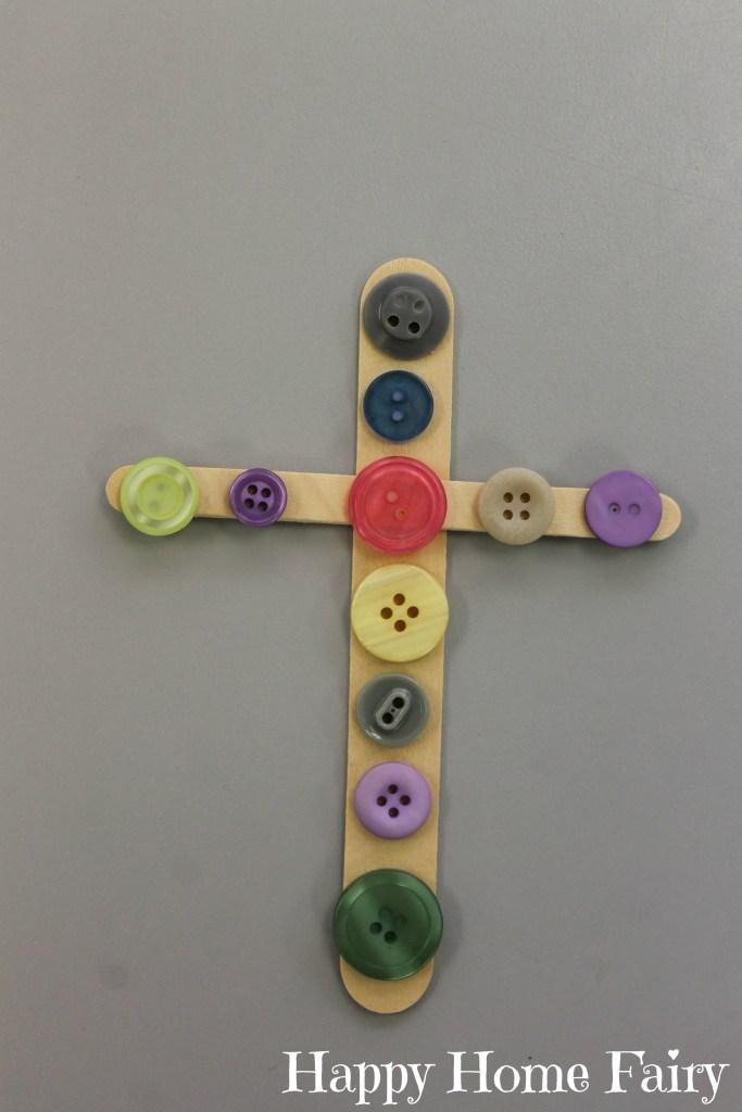 simple cross craft at happyhomefairy.com - so cute!