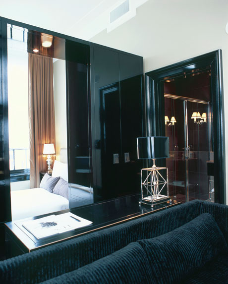 Amsterdam College Hotel Room