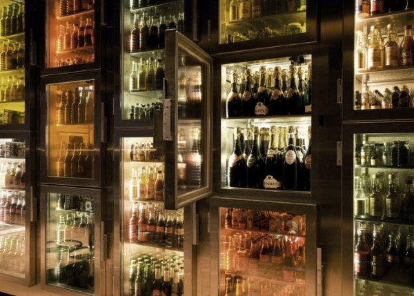 minibar_amsterdam_photo_Menno_Kok_yatzer_5MINIBAR - The first SELF SERVICE bar in the world