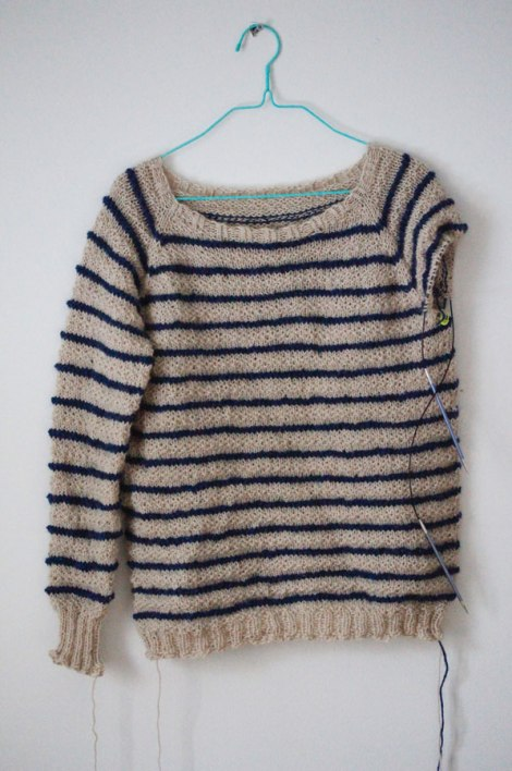 happy-kanto-textured-pullover-knitting-3