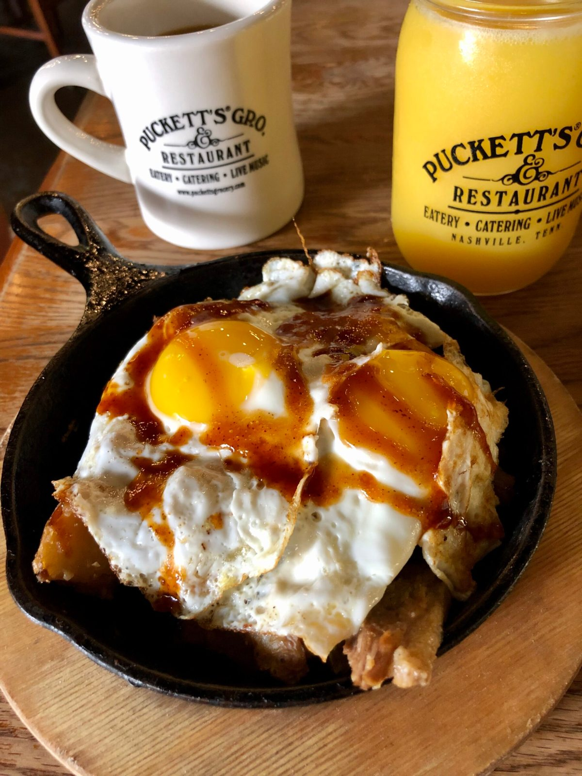 Pucketts | Downtown Nashville #pucketts #puckettsgrocery #puckettsrestaurant #nashvollebreakfast #nashvillerestaurants #nashville #nashvilletourism