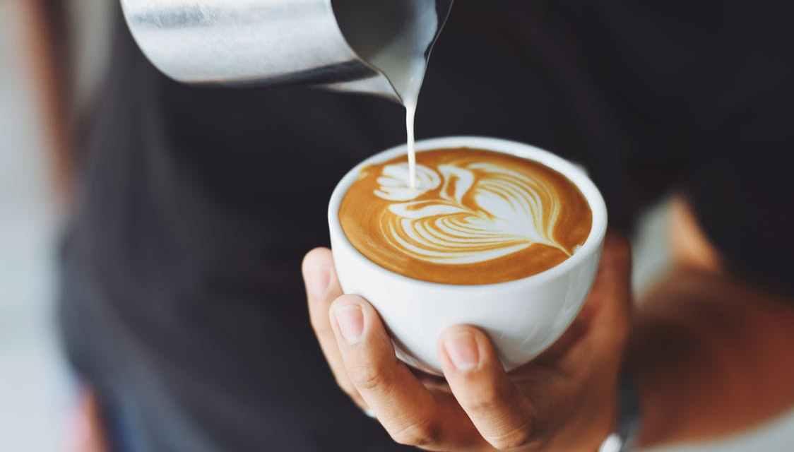 15 nejlepších kaváren v Praze, které stojí za návštěvu v roce 2019