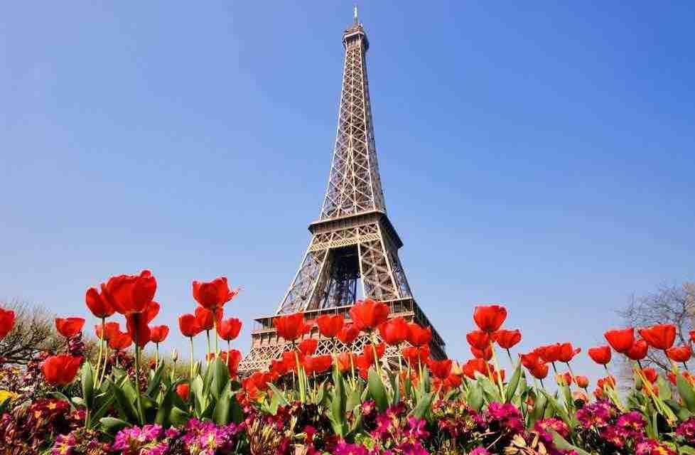 8 nádherných míst, kde strávit jarní víkend