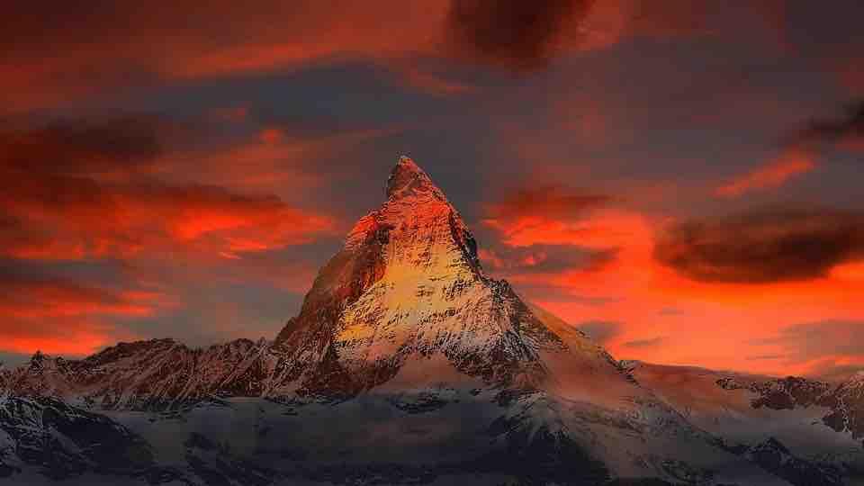 11 nádherných hor, které můžete zdolat v létě 2018