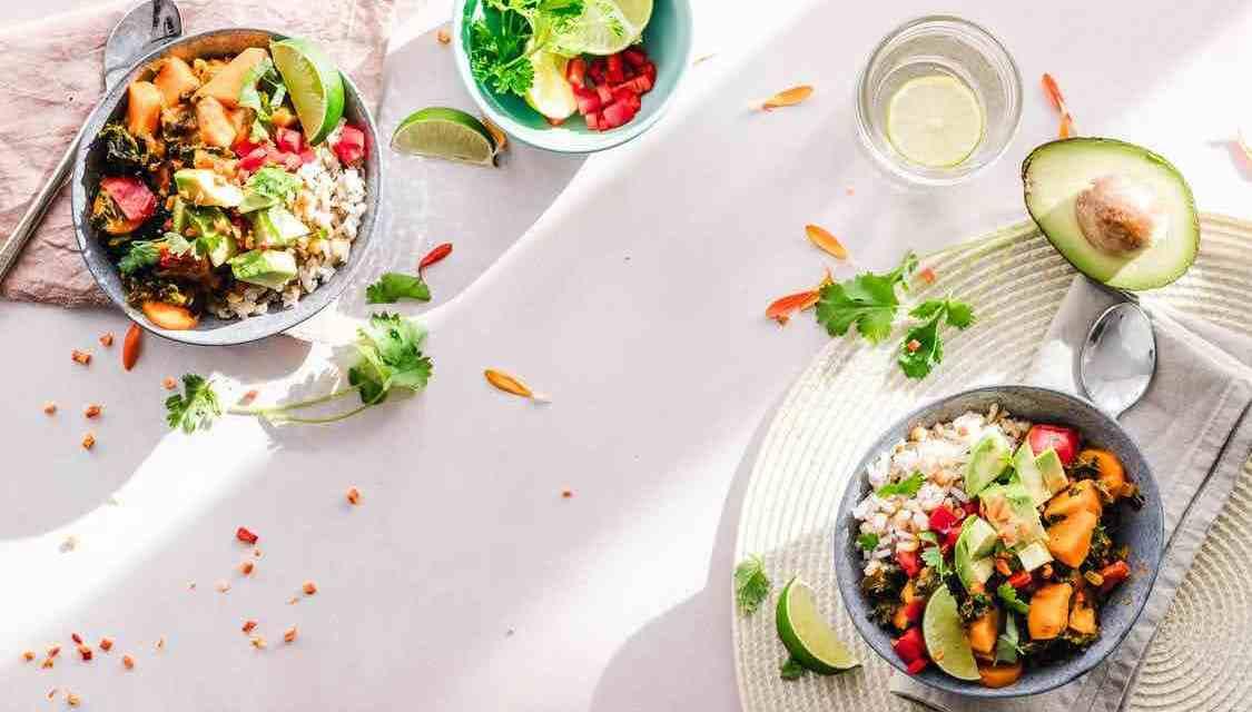 Zdravý jídelníček, který vás neomrzí: 10 rad, jak na to!
